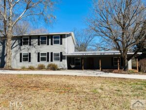 Just Listed: 256 Jefferson, Bishop