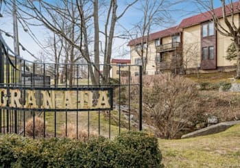 Just Sold: 11 Granada Crescent Unit: 6, Greenburgh
