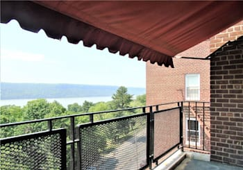 Just Listed: 440 Warburton Avenue Unit: 7F, Yonkers