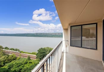 Just Listed: 1155 Warburton Avenue Unit: 11-J, Yonkers