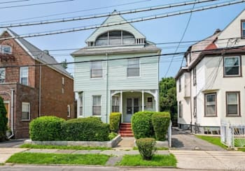 Just Listed: 240 S 10th Avenue, Mount Vernon