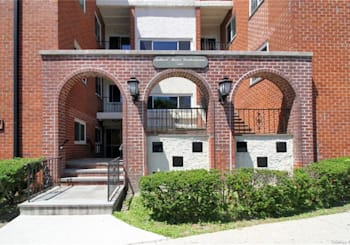Just Listed: 900 Midland Avenue Unit: 1C, Yonkers