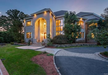 Just Listed: 87 Lakeshore Drive, Eastchester