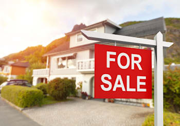 It's How Much? 4 Tell-Tale Signs a Home Is Overpriced