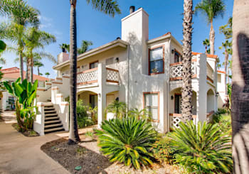 Incredible Rancho Penasquitos Condo for Sale in Lush Setting!