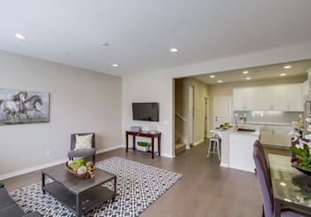 Picture Perfect Del Sur Townhome for Sale!