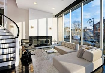 Beautiful, Must See Lincoln Park Home