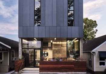 Clever modern duplex allows indoor-outdoor living on a small lot (Curbed)