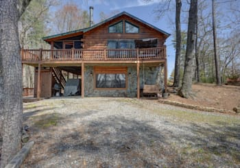 JUST LISTED! Amazing Year Round Mountain View Cabin on 1.02 Acres in Cherry Lake Community!