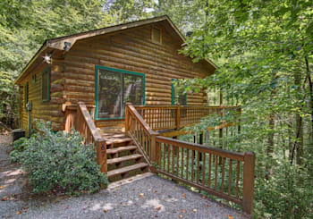 JUST LISTED! FURNISHED…Affordable Rental Investment Cabin in Cherry Lake Community!