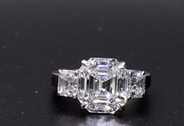 Just Listed: Platinum Diamond Ring