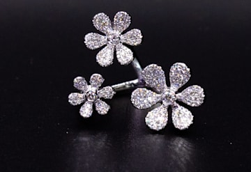 Just Listed: 14kwg Diamond Ring