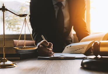 What Do Real Estate Attorneys Do?