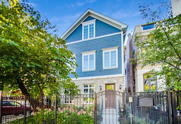 Just Listed: 2683 N Burling Street, Chicago
