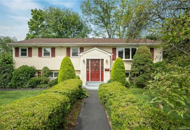 Just Sold: 6 Spruce Drive, Clarkstown