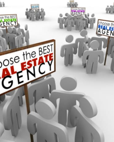 Choose Best Real Estate Agency People Around Signs Agents