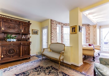 117 Lombard St <br /> $1,150,000