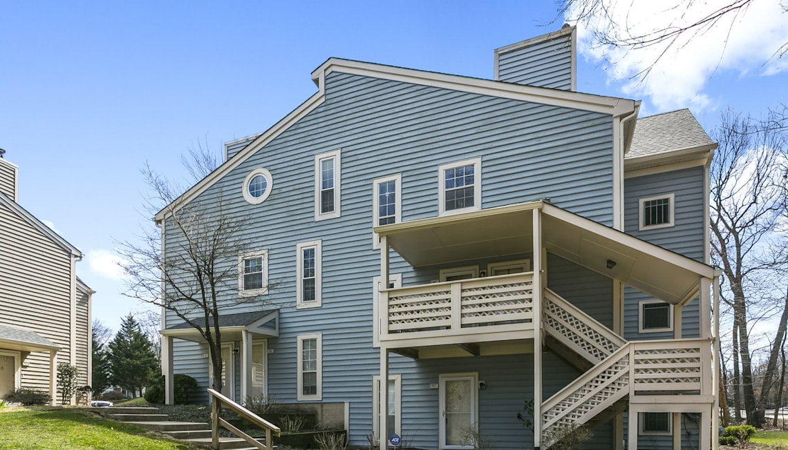 UNDER CONTRACT! 7815 Willow Point Drive, Falls Church, VA 22042