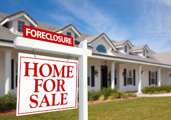 The difference between a short sale and a foreclosure