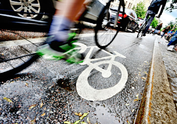 Cambridge and Other Nearby Cities Look to Improve Transportation Options