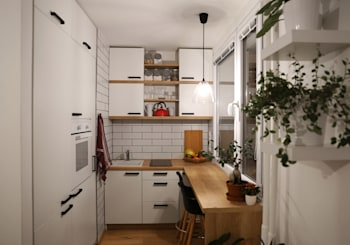 5 Tips for Getting the Most from Your Small Kitchen Space