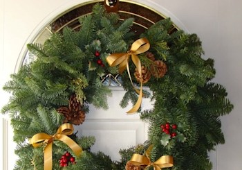 Holiday Decorating When You're Selling