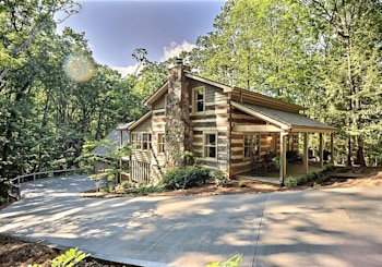JUST LISTED!  Rustic Mountain Log Cabin in Prestigious Gated Big Canoe Community is Simply Amazing!