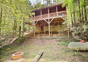 NEW LISTING! 4055 Whitepath Road in Ellijay, GA!