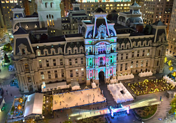 20 Must-See Holiday Attractions to visit in Philadelphia this year