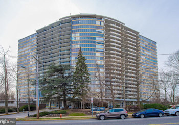 Just Listed: 3900 Ford Rd #3p, Philadelphia