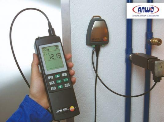 TESTO 526 - Medidor presión diferencial de gran precisión ( -1.. +30 BAR)