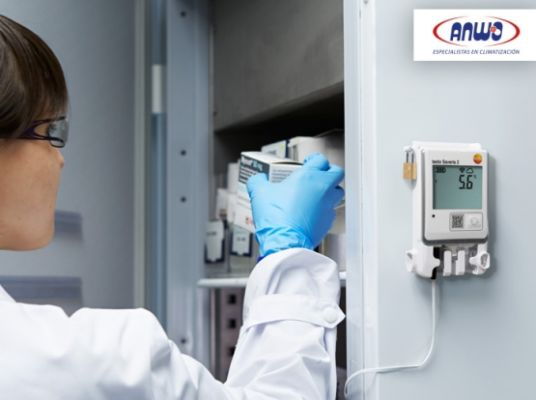SAVERIS 2-T3  Registrador WIFI de temperatura con
