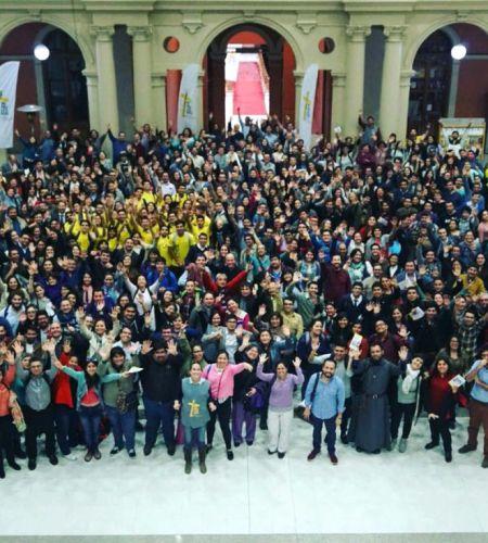 Más de 400 Coordinadores de Voluntarios Papales tuvieron su 1er Encuentro en Santiago