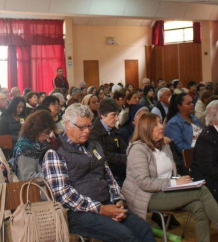 Agentes pastorales de Iquique se preparan para la visita del Papa