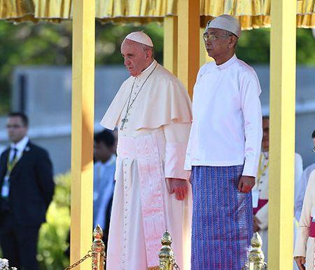 """Papa Francisco pide en Birmania que se """"respete a todos los grupos étnicos"""""""