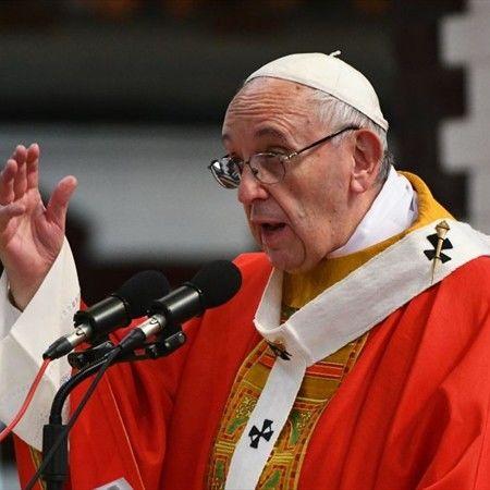 Diputados piden que sea feriado el día de la visita del Papa Francisco a Santiago