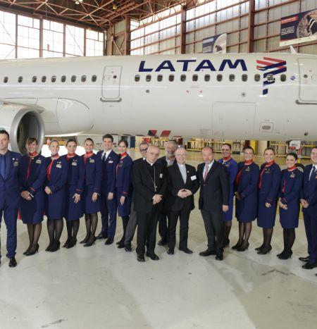La tripulación que acompañará al Papa Francisco en sus vuelos por Chile