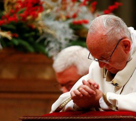 Papa Francisco encabezó la misa de Nochebuena en el Vaticano