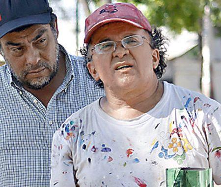 """Luis Henríquez, muralista: """"Lo que diga el Papa Francisco nos va a remecer"""""""