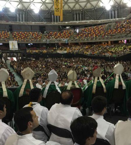 Voluntarios papales de Santiago dan inicio oficialmente a su labor con una Misa de Envío