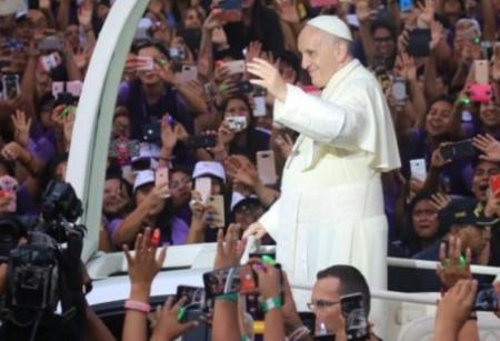 El apoteósico recibimiento que tuvo el papa Francisco en Perú