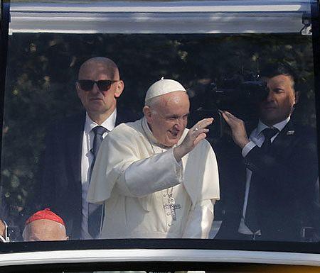 El texto íntegro de la conferencia de prensa del Papa en el vuelo a Roma