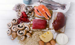 विटामिन बी12 की कमी के लक्षण और बीमारियां