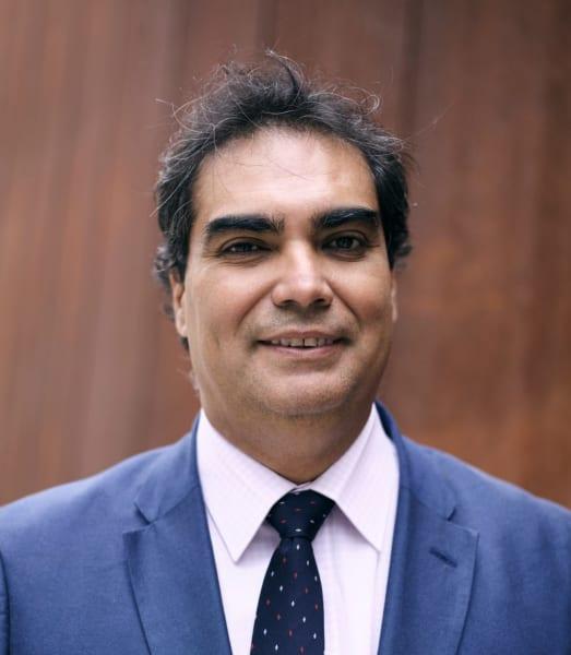 Carlo  Lobos