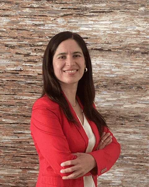 Lourdes  Valdivia