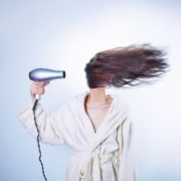 Frisuren-Hacks für Bad Hair Days