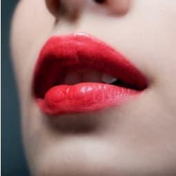 Farbige Lippenbekenntnisse
