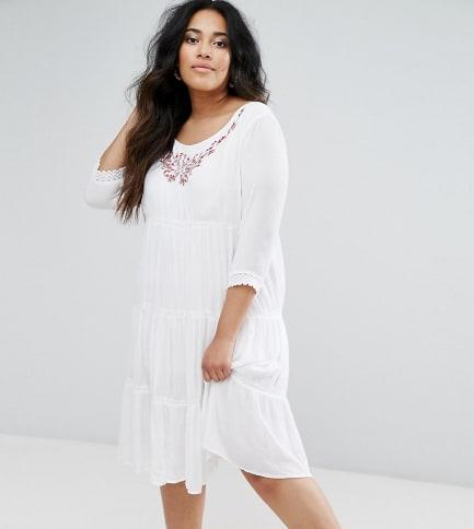 Diya - Langärmliges Kleid mit Rüschendetails am Rock - Weiß