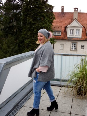 Grauer Plus-Size-Cardigan Franzis Blog Wundercurves