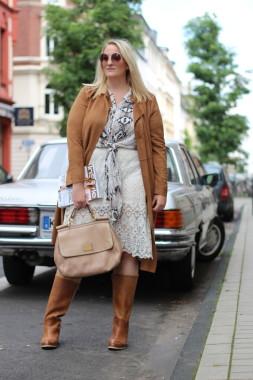 Bloggerin Lisa Mosh Casual Look